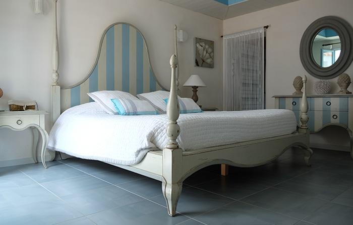 les ch nes verts chambres d 39 h tes noirmoutier. Black Bedroom Furniture Sets. Home Design Ideas
